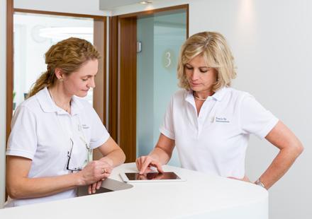 Zahnarztpraxis Katrin Lang - in Regensburg - Kieferorthopädie für Erwachsene