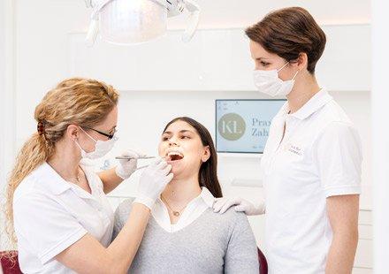 Zahnarztpraxis Katrin Lang - in Regensburg - Dentalhygiene und Prophylaxe - professionelle Zahnreinigung